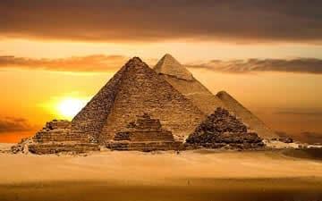 Pyramídy vGíze