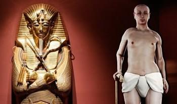 Bola poškodená Tutanchamónová maska