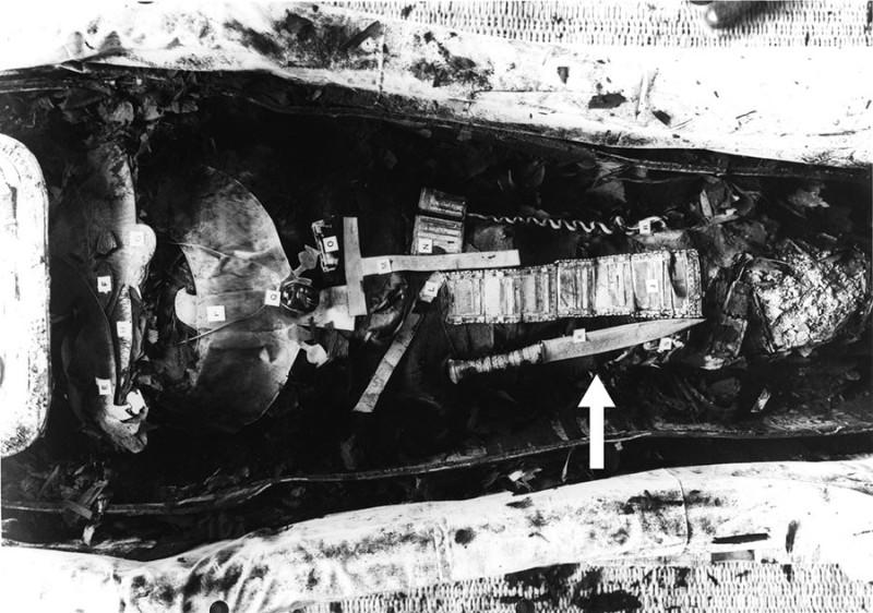 dyka v hrobke